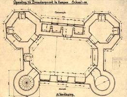 K000339 Opmeting van de Broederpoort in 1945. Plattegrond van de eerste verdieping van de Broederpoort te Kampen.