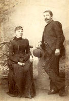 F009496 Gait Berk, geboren op 8 aug 1864, overl. 1924, met zijn vrouw Joanna Arnolda Schrader (1862-1936).