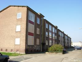 F013085 De Sint Olafstraat in de periode 2007-2008, voor en tijdens de sloop van de wijk.
