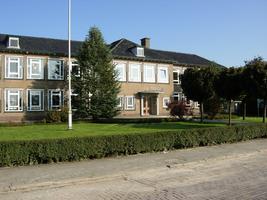 F013164 School voor bijzonder onderwijs de Trimaran aan de Rondweg in de Hanzewijk.