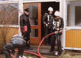 F010695 De brandweer van IJsselmuiden werd in 1985 bij de gewestelijke wedstrijden te Zwolle als tweede gekwalificeerd, ...