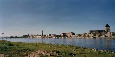 F013204 De stad Kampen aan de IJssel.