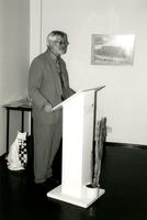 F008851 De provinciaal Archiefinspecteur van Overijssel de heer Casper van Heel bij het afscheid van de dhr. Grooten, ...