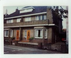 F013421 Woningen aan de Burg. Van Engelenweg in IJsselmuiden.