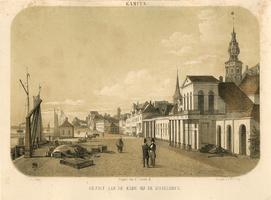 K001756 'Kampen. Gezigt aan de kade bij de IJsselbrug.' Met zicht op stadskraan, Bovenkerk en Schepentoren.