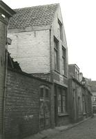 F005529 Buitenhofstraat. het hoge pand (nr 36A): is sigarenfabriek B. Verstraete, gebouwd 1924, afgebroken 1977, rechts ...