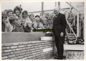 F001027 E. Bosma, voorzitter van de vereniging tot Stichting en in standhouding van Christelijke Scholen op het ...