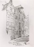 F000553 De 16e eeuwse voorgevels van de twee pakhuizen aan de Burgwalstraat nr. 6 (rechts) en nr. 8.