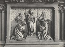 F000972 Paneel van de communiebank in de Onze Lieve Vrouwe- of Buitenkerk, voorstellend de opdracht in de Tempel.