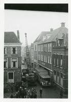 F006202 Transport van de brandkast van de Sociale Dienst der gemeente Kampen van de Buiten Nieuwstraat naar de nieuwe ...