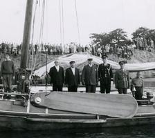 F010999 Admiraalzeilen op de IJssel.
