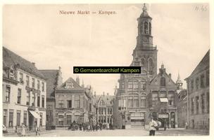 F001145 Nieuwe Markt met in het midden de Gasthuisstraat en de Nieuwe Toren.Links hotel het Hof van Holland, in 1928 ...
