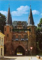 F005675 Broederpoort, een van de drie overgebleven Kamper stadspoorten, gebouwd in de 2e helft van de 15e eeuw.