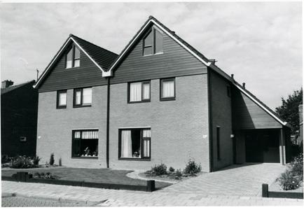 Twee huizen naast elkaar (bouwjaar 1987)