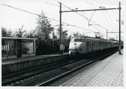 Binnenkomende trein station Bunnik richting Utrecht