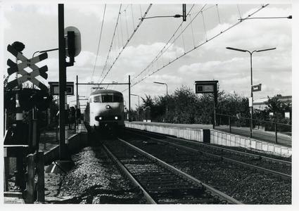 Station Bunnik aan de Groeneweg perron aan de zijde A12 richting Driebergen