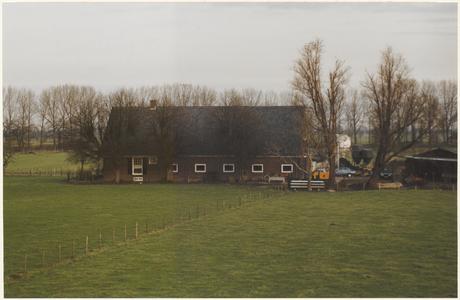 Boerderij Het Groene Woud gezien vanaf de Lekdijk.