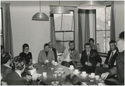 Collega's. 2. K. Willems; 4. A. van Eert; 5. M. Kunne; 6. J. Janssen; 7. J. Hollanders; 8. L. van de Paal; 9. C. van Poppel; 10. H. van Hout; 11. L. Verest