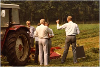 Zweegers Landbouwmachines, demonstratie hakselmaaien. 4. Henk Bosman