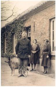 Jacobus Beijk met zussen Jacoba Elisabeth en Marie
