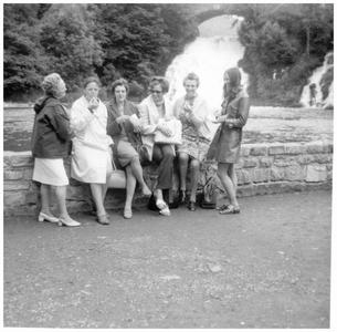 Onderwijsteam St. Anna school: schoolreis naar de watervallen van Coo (B)