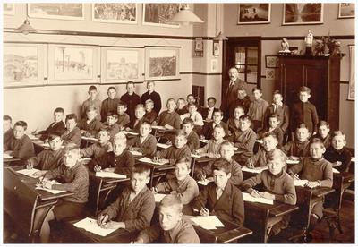 42. meester Winkelmolen zilveren onderwijs jubileum15-07-1933, 25 jaar onderwijzer