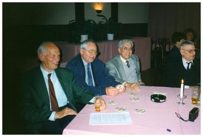 Leraren reunie Examenklas MAVO 1957-1961: vlnr.: 1.Ch. Brandts; 2. onbekend; 3. Peerenboom; 4. kapelaan Reimer;